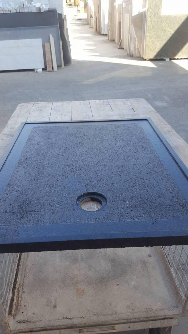 Piatto doccia in pietra lavica