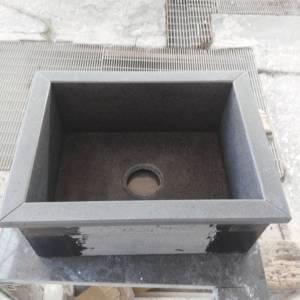 lavabo sovrapiano in pietra lavica spazzolata-1